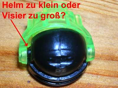 Mega Bloks Helm ist entweder zu klein oder das Visier zu groß