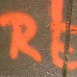Normale Strassenmarkierungen oder ein Zeichen?